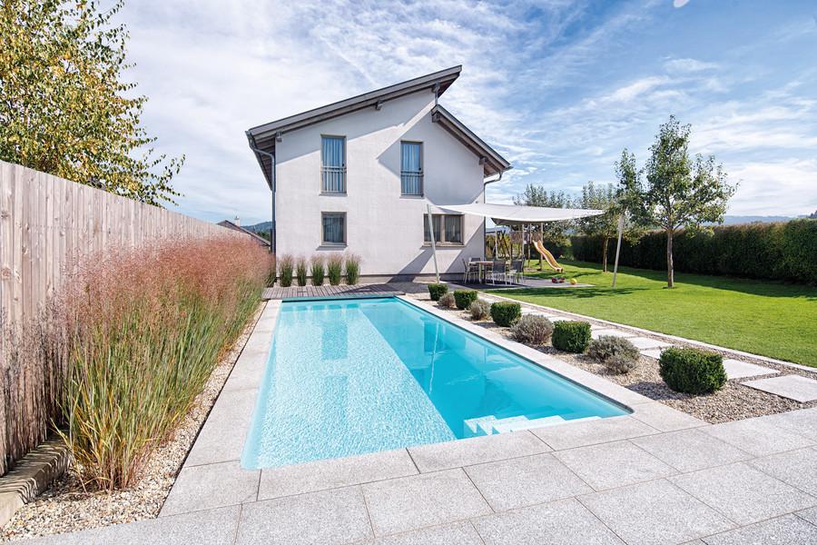 delfin wellness die verschiedenen pool bauarten. Black Bedroom Furniture Sets. Home Design Ideas